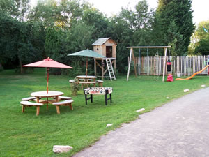 Island Meadow Caravan Park