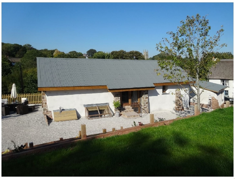 Click here for more about Yondhill Barn
