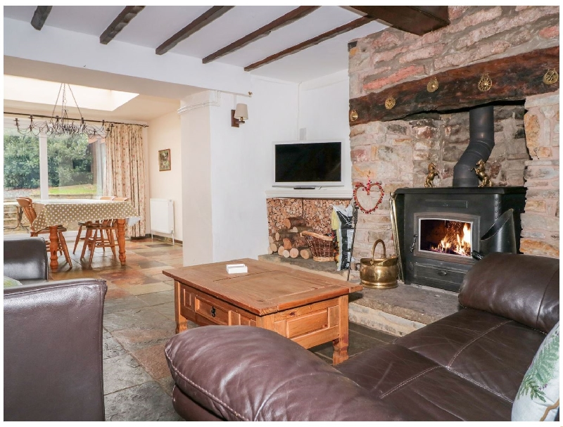 Click here for more about Twixt Cottage