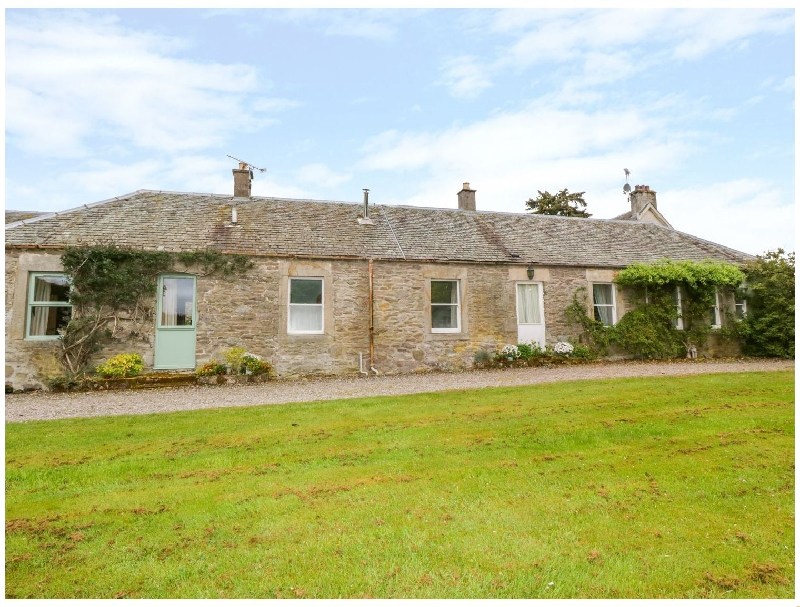 Click here for more about Wester Broich Farm Cottage
