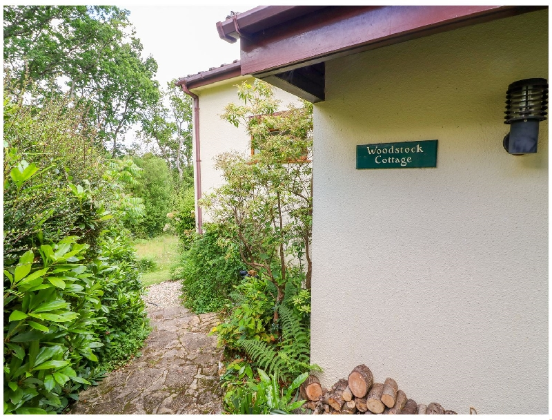 Click here for more about Woodstock Cottage